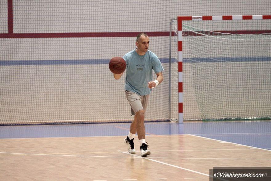 Wałbrzych: Basket Śródmieście mistrzem