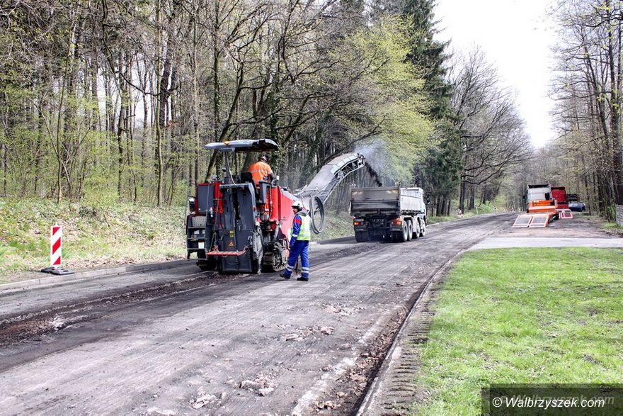 Wałbrzych: Rozpoczął się remont ulicy Bystrzyckiej