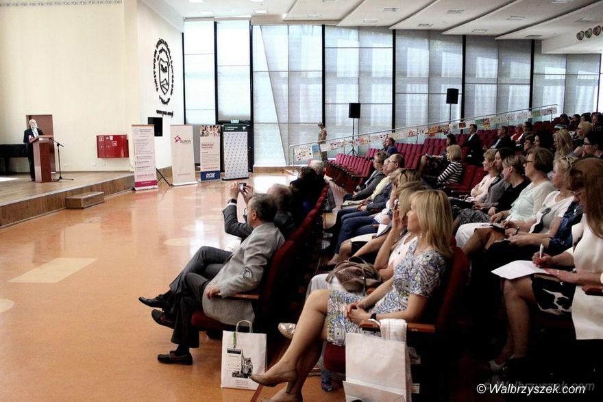 Wałbrzych: Konferencja