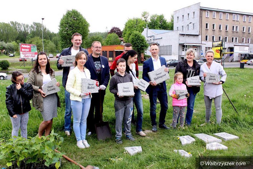 Wałbrzych: W dzielnicy Sobięcin powstaje nowy skwer