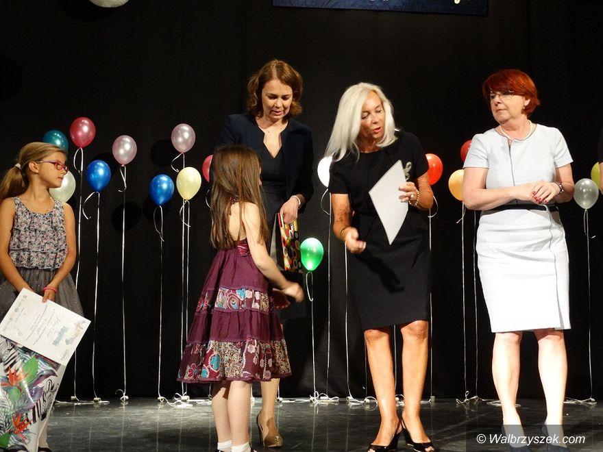 REGION, Szczawno-Zdrój: Festiwal Piosenki Dziecięcej