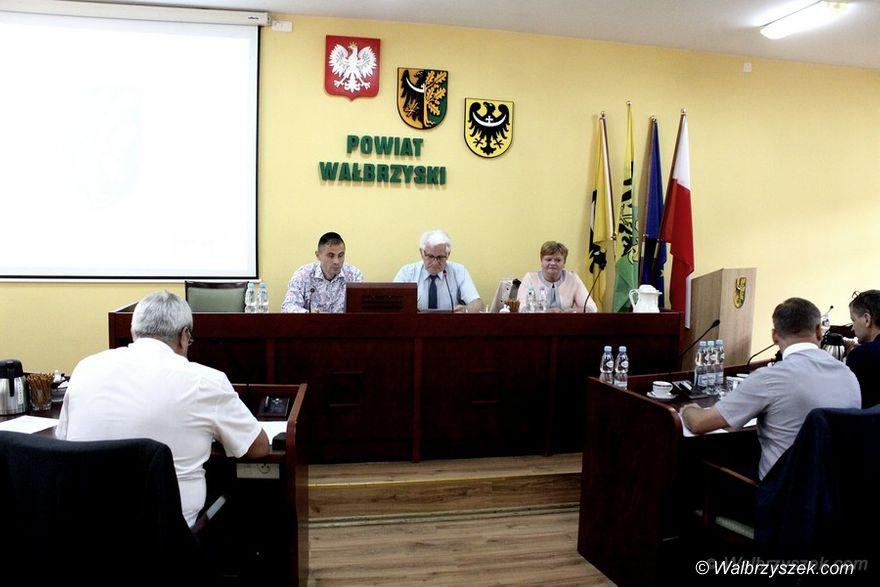 Wałbrzych: Zarząd Powiatu Wałbrzyskiego z absolutorium