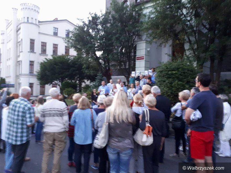 Wałbrzych: Protestowali po raz drugi i zapowiadają kolejne protesty