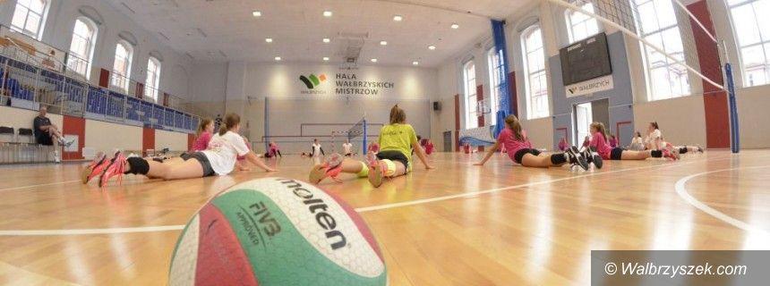 Wałbrzych: Obóz piłkarski i siatkarski