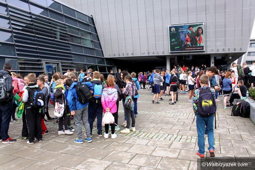 Wałbrzych: Uczniowie zainaugurowali rywalizację