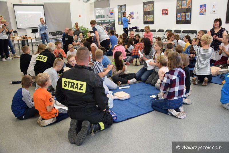 REGION, Boguszów-Gorce: Bili rekord w jednoczesnym prowadzeniu resuscytacji krążeniowo–oddechowej