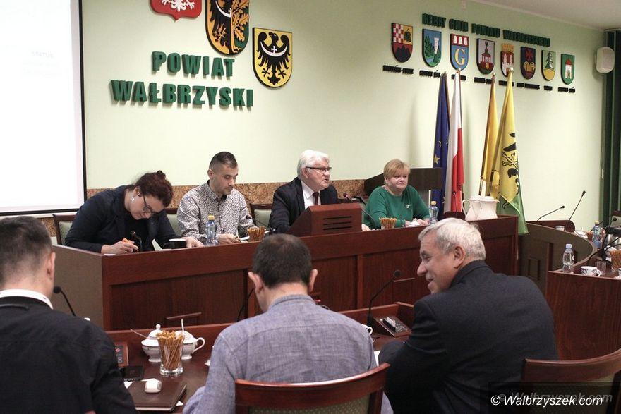 powiat wałbrzyski: Nie ma chętnych do komisji rewizyjnej