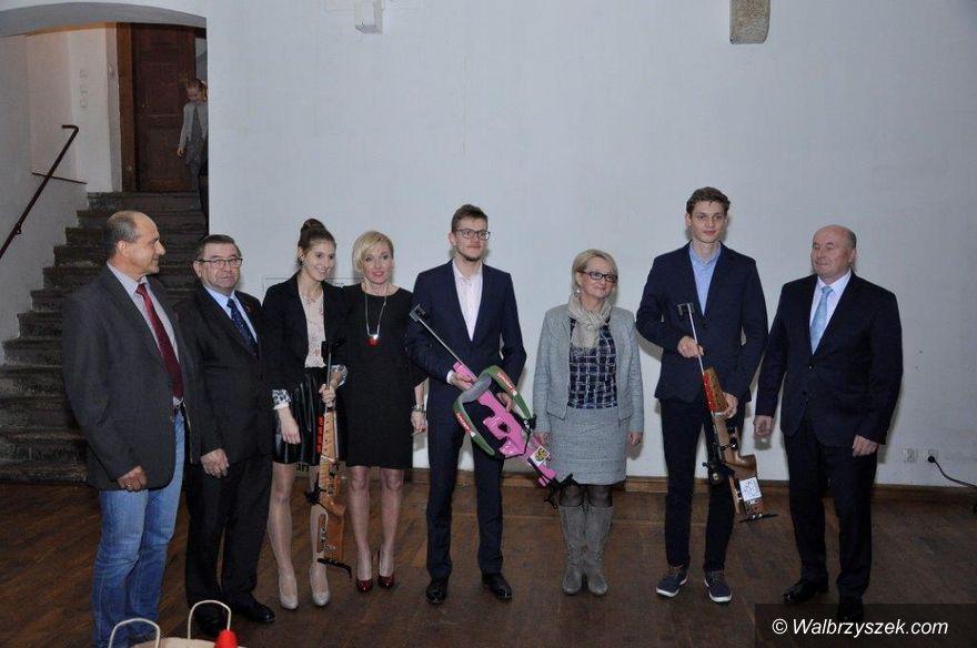 REGION, Czarny Bór: Biathloniści z UKN Melafir mają nowe karabiny