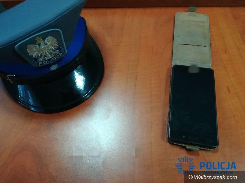 Wałbrzych/REGION: Wałbrzyscy policjanci odzyskali skradzione telefony