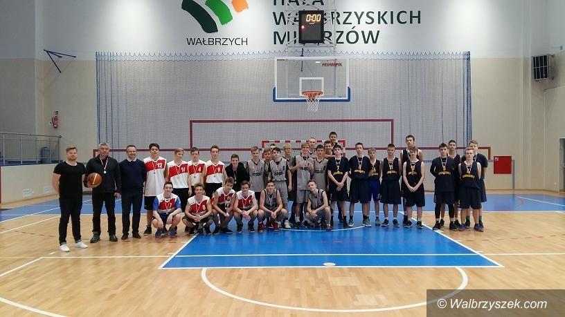 Wałbrzych: Znamy szkolnych mistrzów w koszykówce
