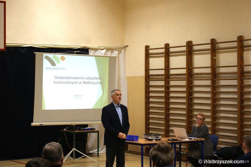 Wałbrzych: Gospodarka odpadami, mieszkania i inwestycje – prezydent Roman Szełemej spotkał się z mieszkańcami Wałbrzycha