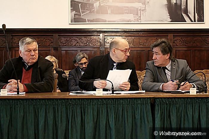 Wałbrzych: Radni Langer i Rząsowski zgłaszają swoje zastrzeżenia do sposobu procedowania uchwał