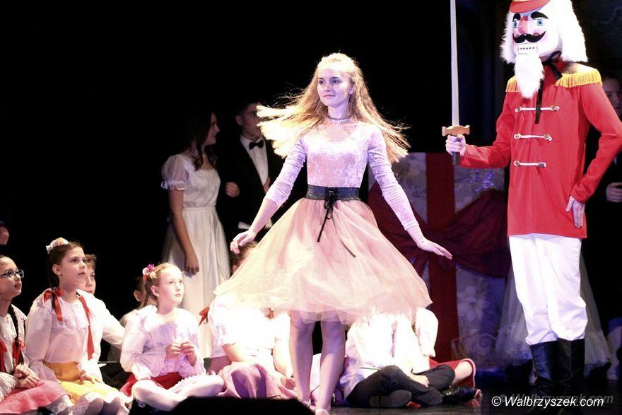 REGION, Szczawno-Zdrój: Uczniowie ZSM wystąpili w Teatrze Zdrojowym