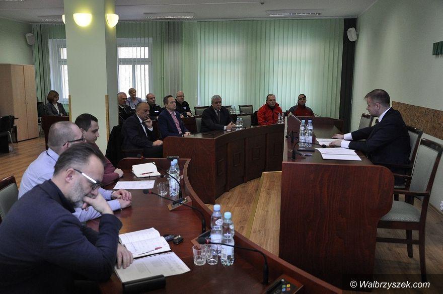 powiat wałbrzyski: Posiedzenie Powiatowej Komisji Bezpieczeństwa i Porządku Publicznego
