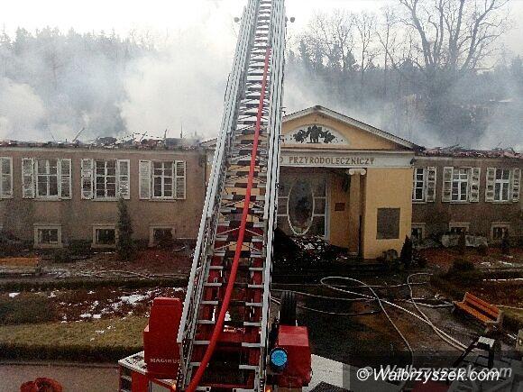 REGION, Szczawno-Zdrój: Zakład Przyrodoleczniczy strawiony przez pożar