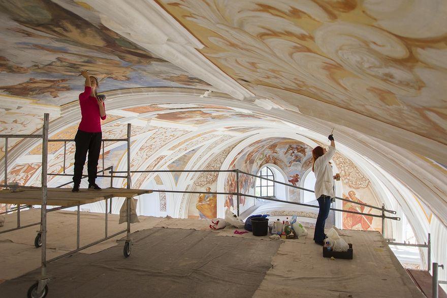 REGION, Krzeszów: Blisko 2 miliony złotych dla Pocysterskiego Opactwa w Krzeszowie