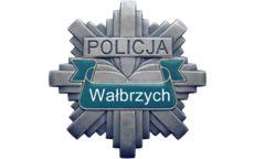 Wałbrzych: Policjanci poszukują świadków wypadku z ul. Piłsudskiego w Wałbrzychu