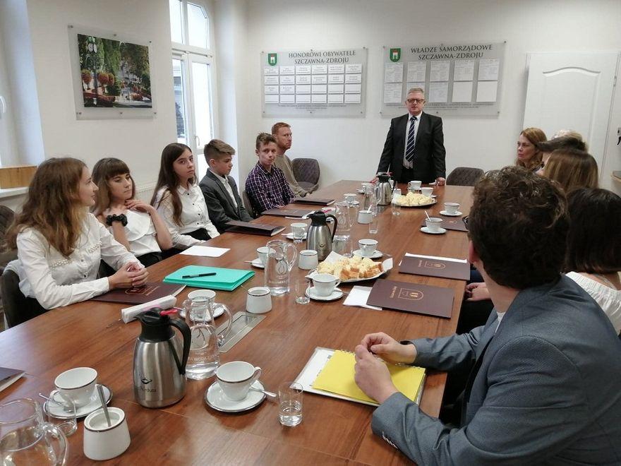 REGION, Szczawno-Zdrój: Młodzież zainaugurowała