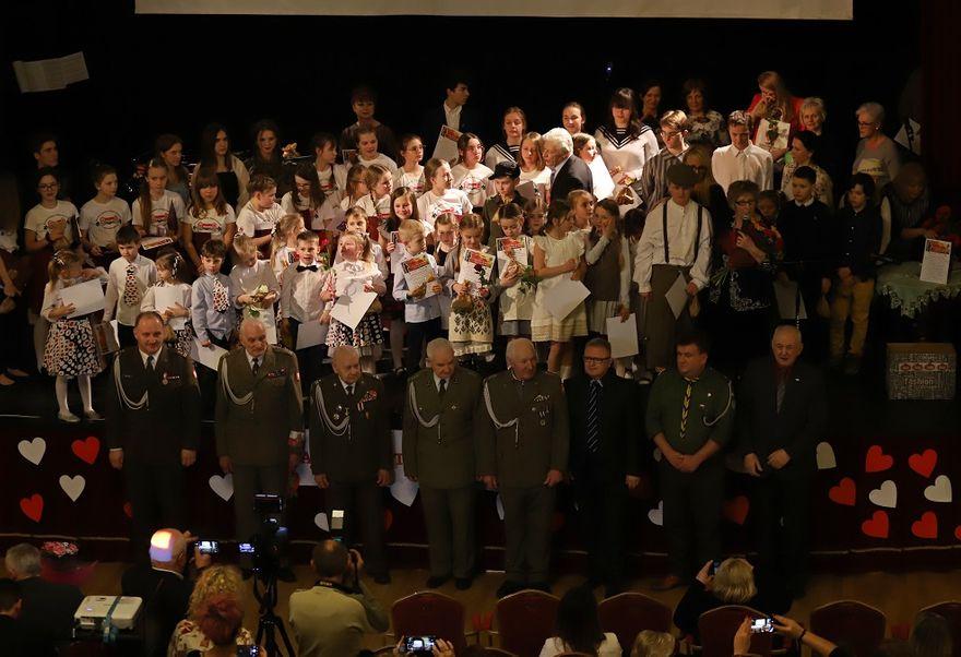REGION, Szczawno-Zdrój: Na patriotyczną nutę