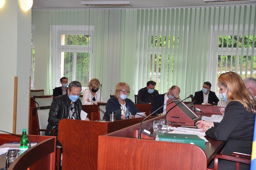 powiat wałbrzyski: Zarząd Powiatu z absolutorium