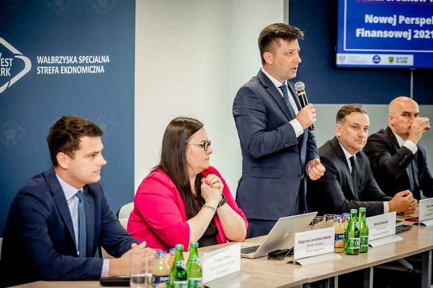 Wałbrzych/REGION: O pakiecie w Wałbrzychu