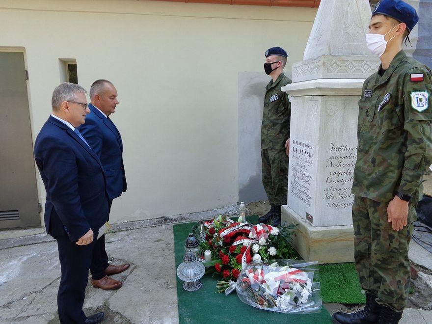 REGION, Szczawno-Zdrój: Hołd dla Generała