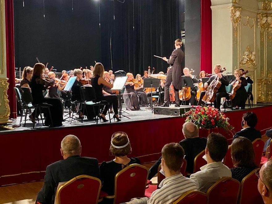 REGION, Szczawno-Zdrój: Festiwal na poziomie