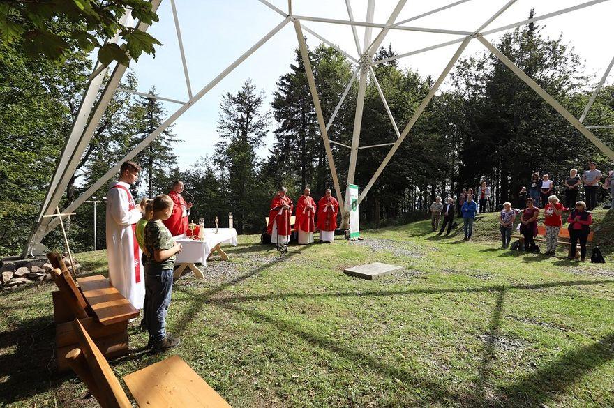 Wałbrzych/Szczawno-Zdrój: 20–lecie krzyża
