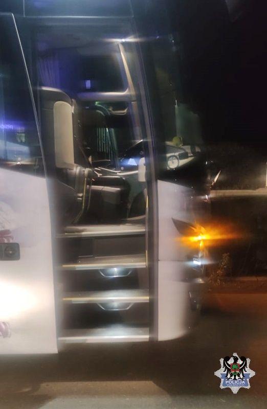 Wałbrzych: Pieszy potrącony przez autobus