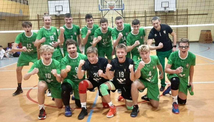 Wałbrzych: Wygrana juniorów młodszych