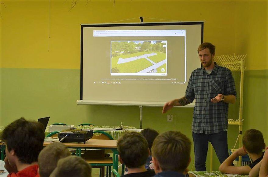 REGION, Walim: Powstanie skatepark