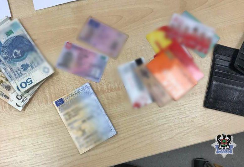 Wałbrzych/Głuszyca: Zawłaszczył portfel