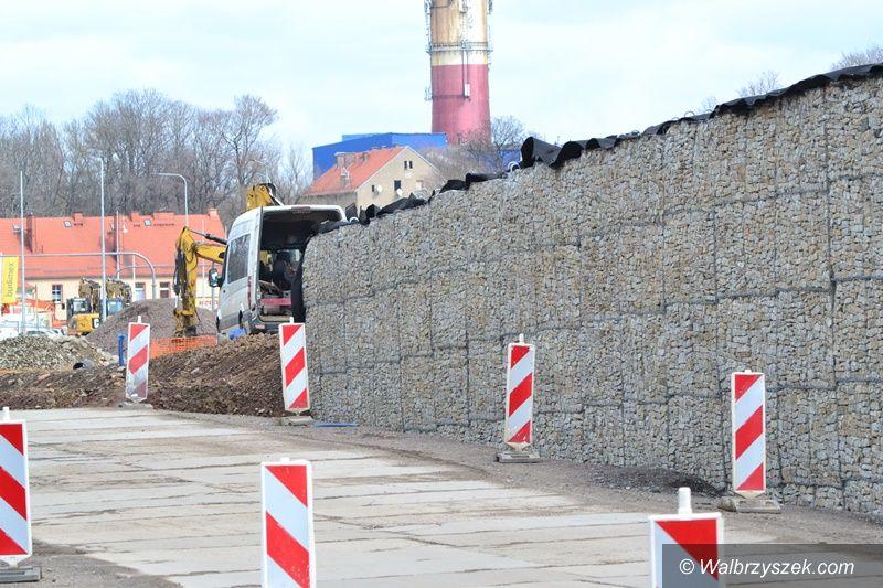 Wałbrzych/Szczawno-Zdrój: Estakada na ukończeniu