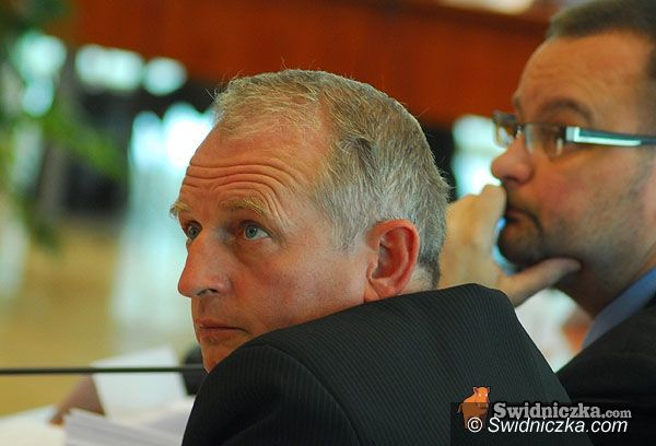 Świdnica: Zmienili budżet powiatu i dali kasę powodzianom
