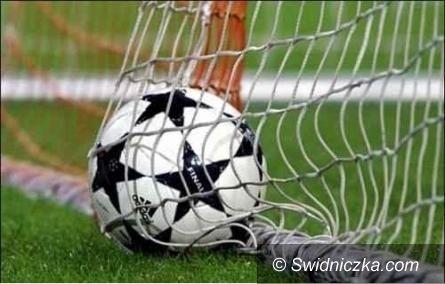 Powiat świdnicki: Rozkład jazdy piłkarskiej klasy A