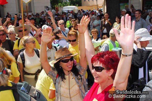 Świdnica: Pielgrzymi z całej diecezji ruszają na Jasną Górę