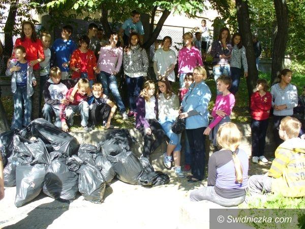 Świdnica: Sprzątanie świata na 105