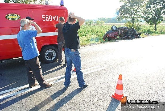 Świdnica: Prokuratura bada przyczyny czwartkowego wypadku poloneza i autobusu