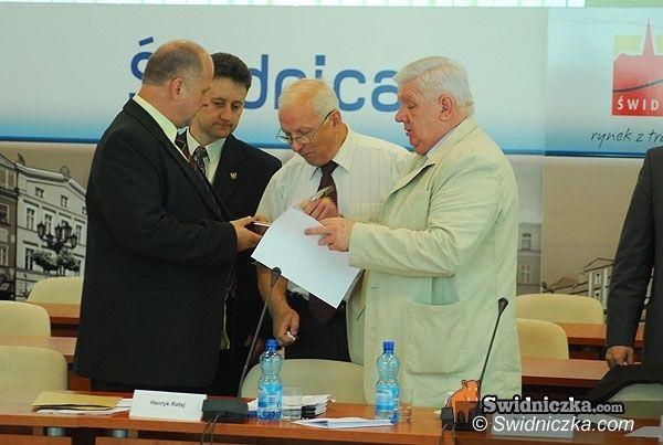 Świdnica: Powiatowi radni o zdrowiu