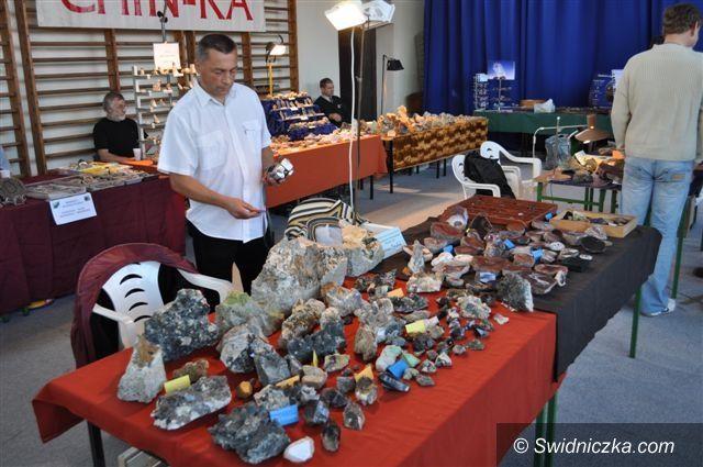 Strzegom: Zbiory minerałów z całego świata