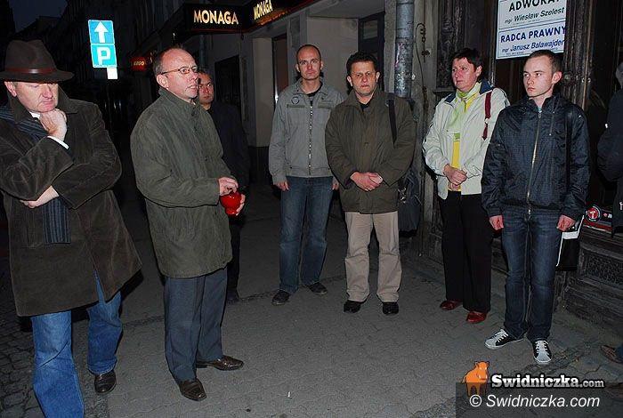 Świdnica: Minuta ciszy po wczorajszej tragedii