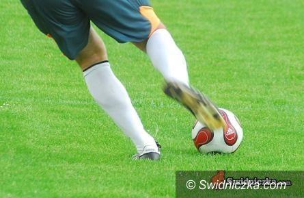 powiat świdnicki: Piłkarze z niższych lig na boisku