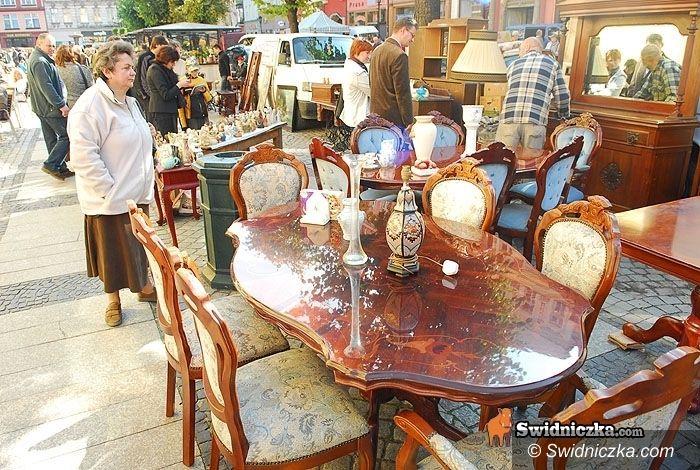 Świdnica: Listopadowa giełda staroci