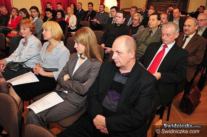 powiat świdnicki: Powiat na żyjącej mapie