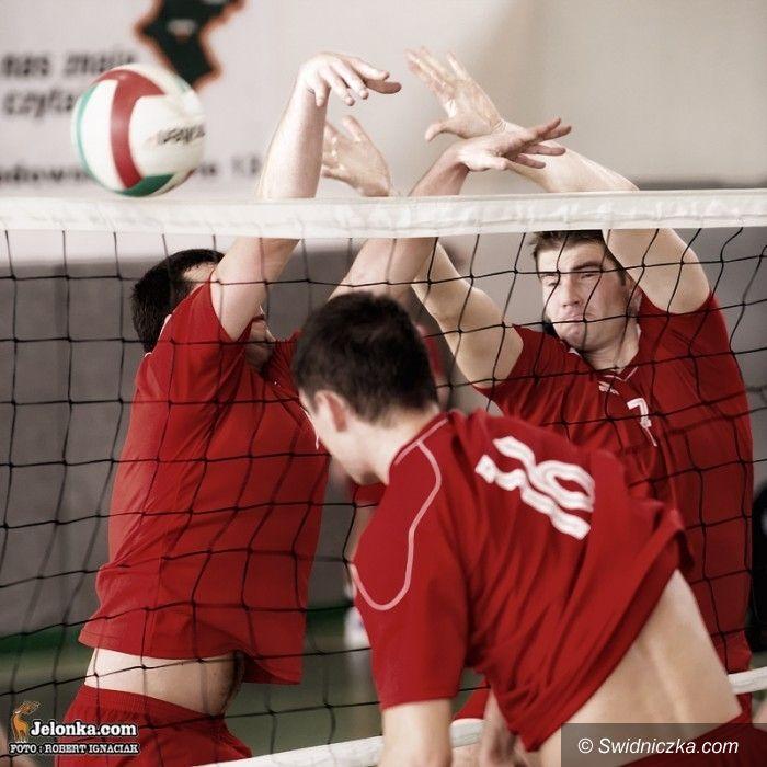 III-liga siatkówki: Siatkarski thriller dla AKS–u