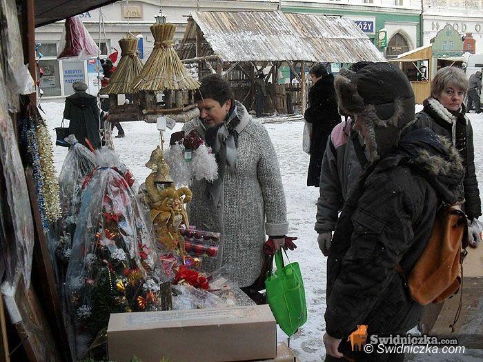 Świdnica: Świąteczny jarmark na Rynku