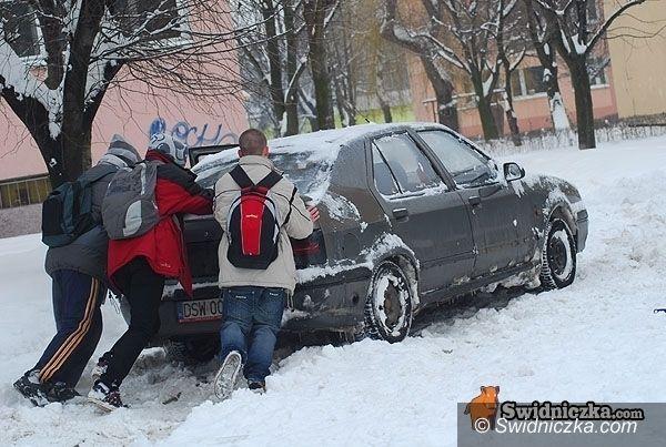 region: Synoptycy prognozują lód na drogach i chodnikach