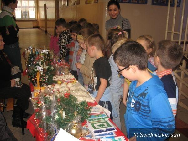 Świdnica: Dzieci z SP 105 charytatywnie przed Bożym Narodzeniem