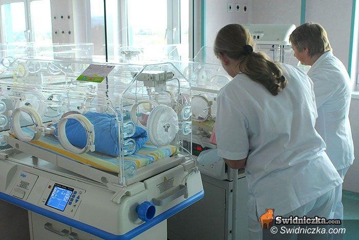 Świdnica: Lekarze z oddziału noworodkowego apelują do odwiedzających