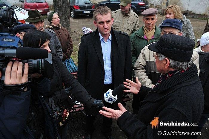 Świdnica: Nie ma zgody na smoleński monument